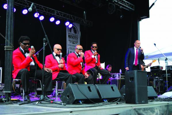 The Mission Temple Fireworks Revival with Paul Thorn & Blind Boys of Alabama had the crowd up and dancing Friday, Aug. 17. (J. Taylor)